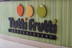 tutti-frutti-froyo-frozen-yoghurt-abuja-food-diary